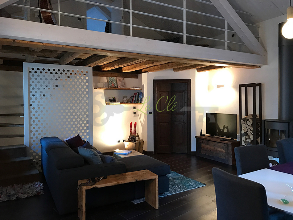 Vendita appartamento trilocale Prè-Saint-Didier rif. V458